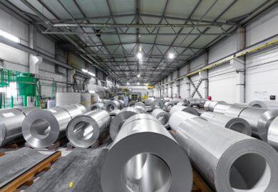 Budowa hali magazynowej a obowiązki i korzyści dla inwestującego