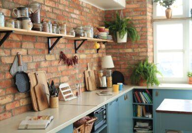 Jak wybrać praktyczne półki kuchenne?